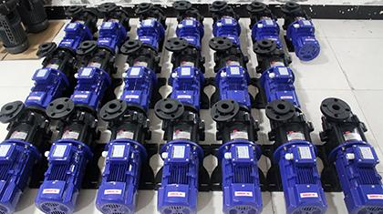 骆驼蓄电池集团,青睐国宝耐酸碱磁力泵