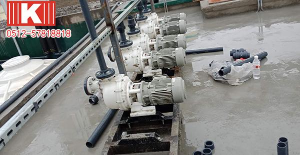 昆山国宝耐腐蚀自吸泵能够输送碱液吗?